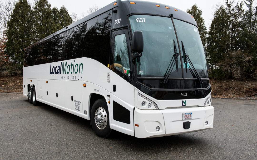 6 Must-Have Features in Motorcoaches