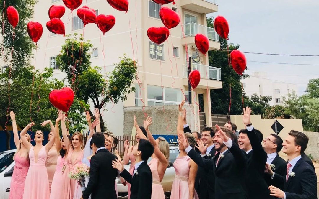 Arrive in Style: A Bride's Guide to Seamless Group Wedding Transportation
