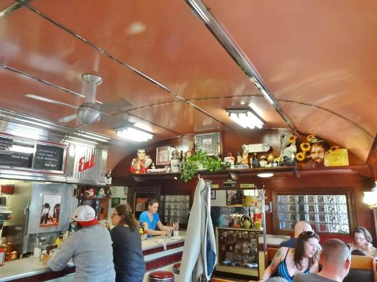 Things to do in New England _Four Aces Diner
